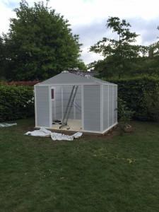 Installation abri de jardin - LBO SERVICES